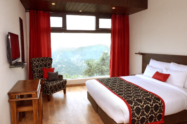 Woodsmoke Resort, Shoghi